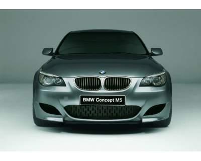 BMW CAOMPARATIVA DI M5 confronto serie e60 contro nuova F10