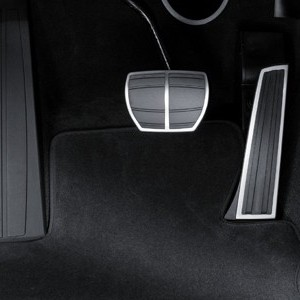 X6Melstahlpedalauflagen_automatikgetriebe
